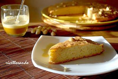 Torta di nocciole Piemonte ricetta per un dolce piemontese a base di nocciole