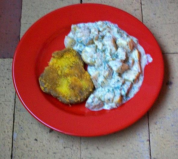 veganes Schnitzel mit dill-kartoffeln - hauptspeise