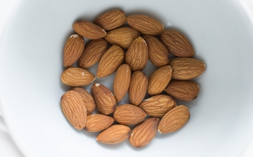 Healthy Foods that Boost Energy - Almonds