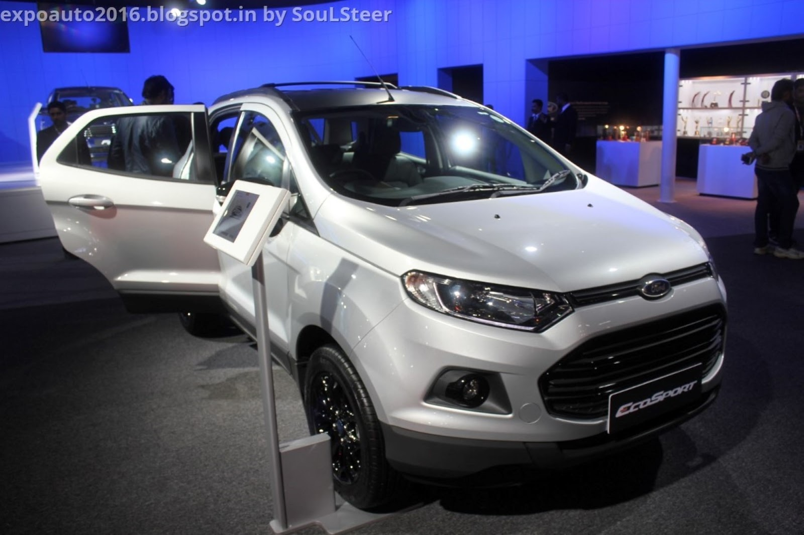 auto expo 2016 by soulsteer ford ecosport mini sport utility vehicle in silver and brown at. Black Bedroom Furniture Sets. Home Design Ideas