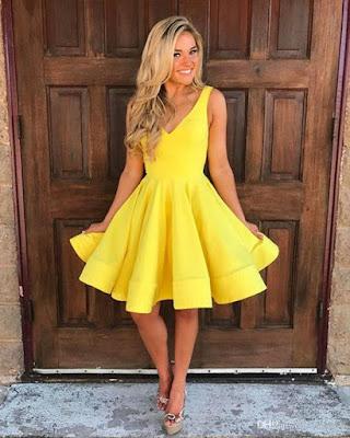 vestido corto amarillo de verano para fiesta elegante de moda tumblr