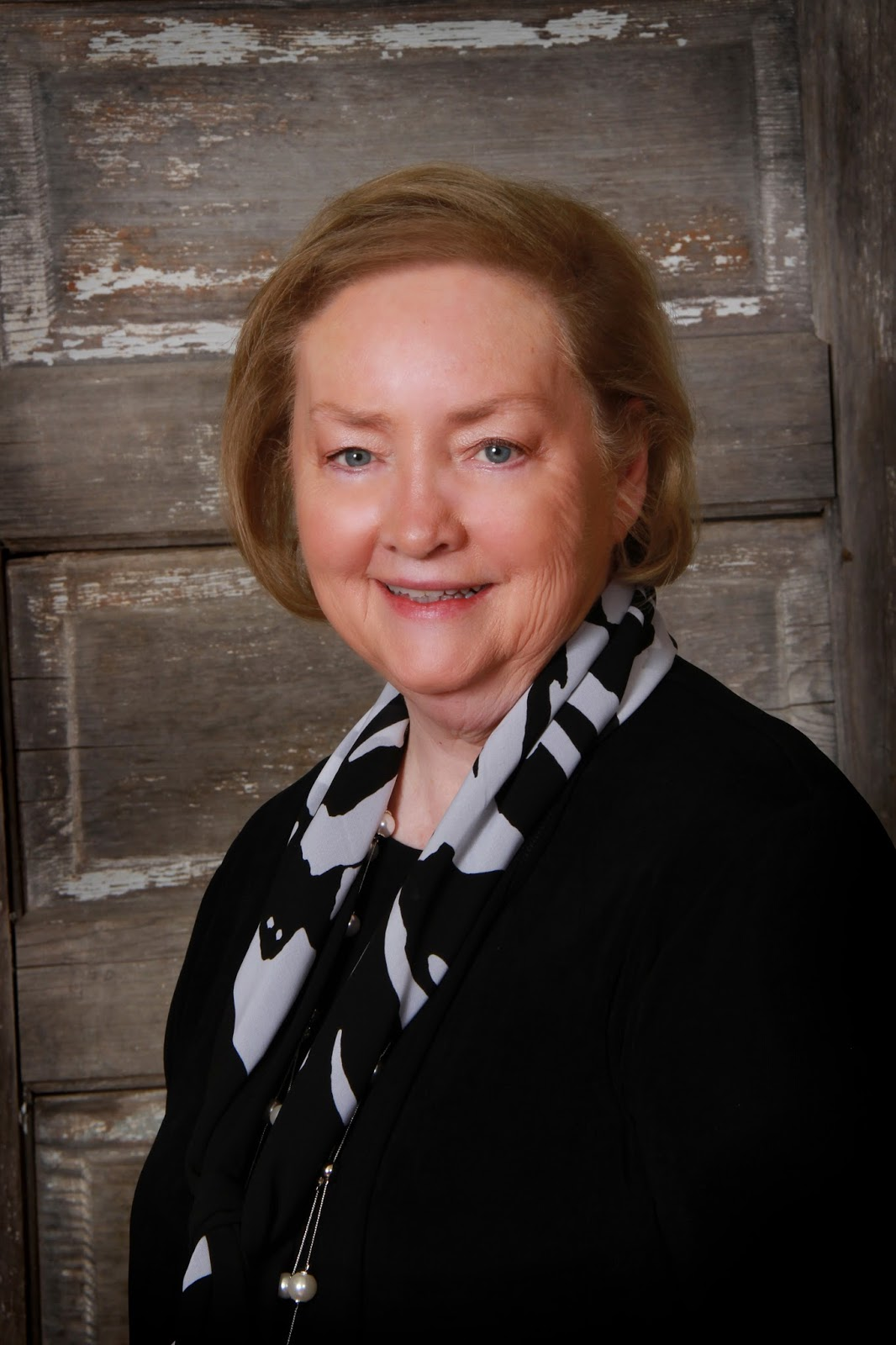 Jodi Thomas Author Photo