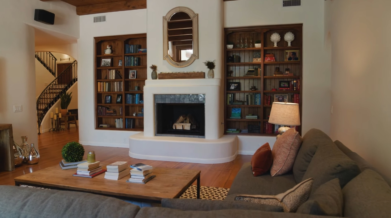 Home Interior Design Tour vs. 1155 Dilling Street   Studio City
