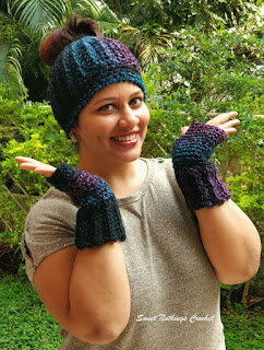 free crochet messy bun hat pattern, free crochet fingerless gloves pattern