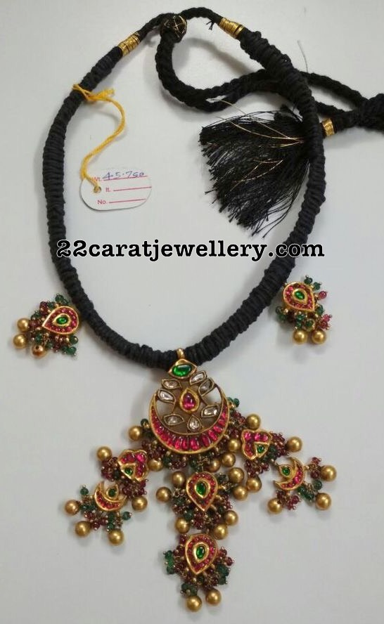 Black Thread Set Kundan Tussi pendant