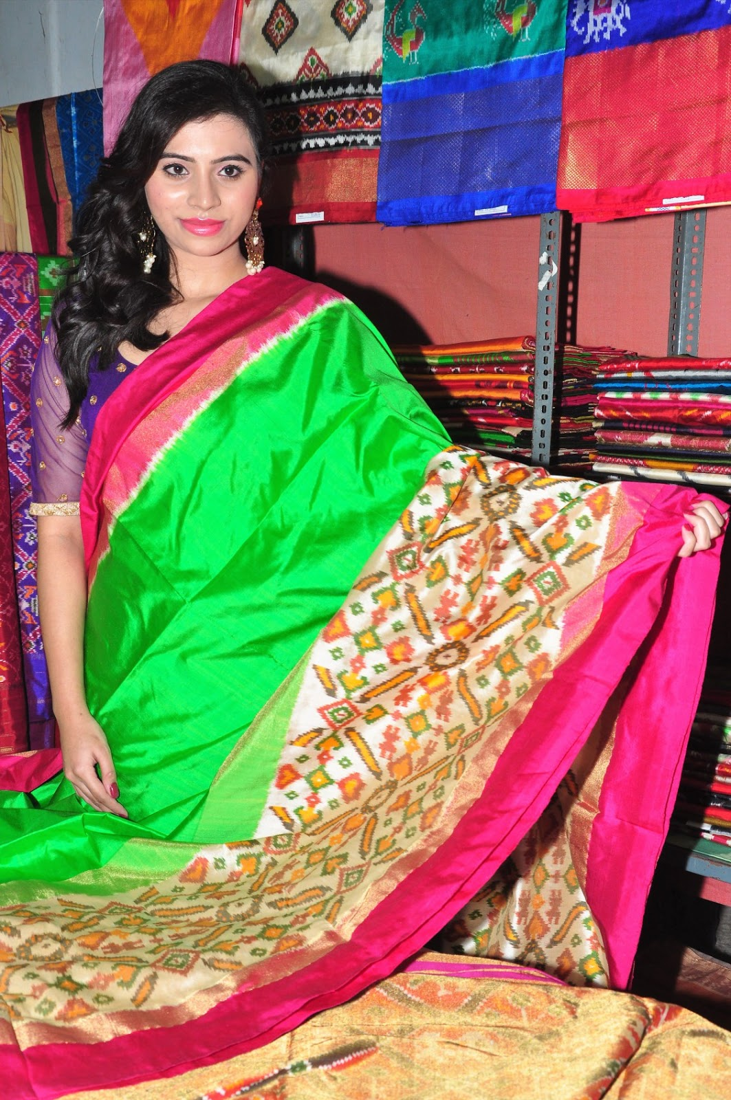priyaka at ikat art mela-HQ-Photo-11