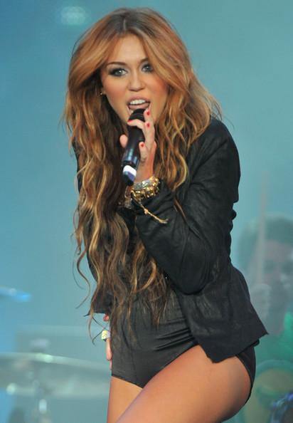 Phenomenal News Women Hairstyle Miley Cyrus Hairstyles 2012 Miley Cyrus Short Hairstyles For Black Women Fulllsitofus