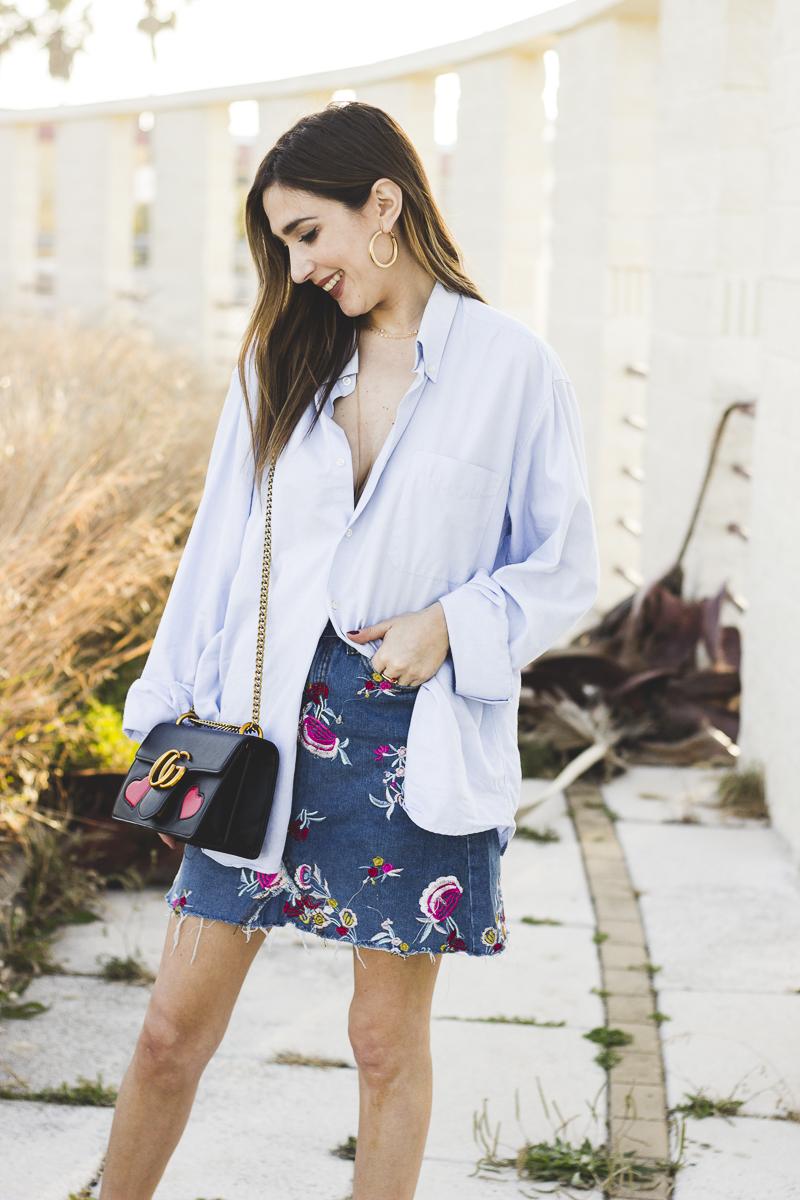 falda bordada