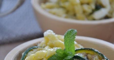 pasta al limone con zucchine alla menta e cuore di burrata