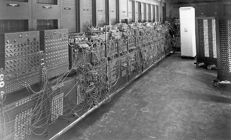 История создания компьютера и ламповые устройства