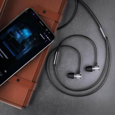 Kenali Perbedaan Headset, Headphone, Earphone, dan Handsfree 1