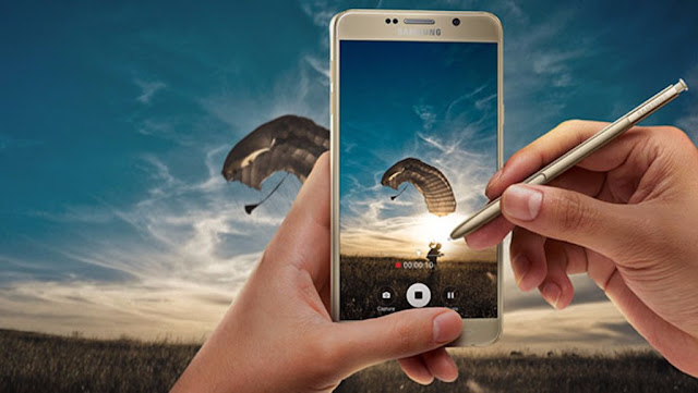 Samsung Galaxy Note 8 with  AMOLED display