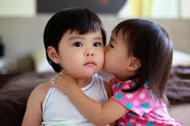 Top latest hd Baby Boy to Girl frist kiss images photos pic wallpaper free download 7