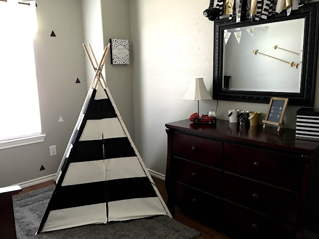 chalkboard arrow,Teepee, gray white black room, triangle room, arrow room, tribal room, striped teepee, little boy room, sherwin williams amazing gray,