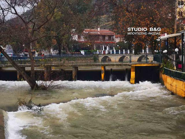 Μεγάλες ποσότητες νερού στην πηγή Κεφαλαρίου στο Άργος