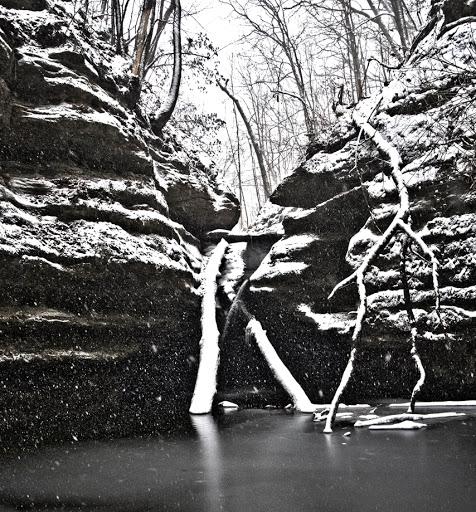 Kaskaskia Falls - Starved Rock State Park, Oglesby Illinois