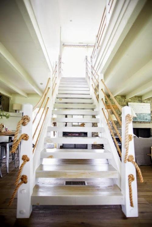 Stairs decorating ideas how to decorate the staircase - How to decorate stairs ...
