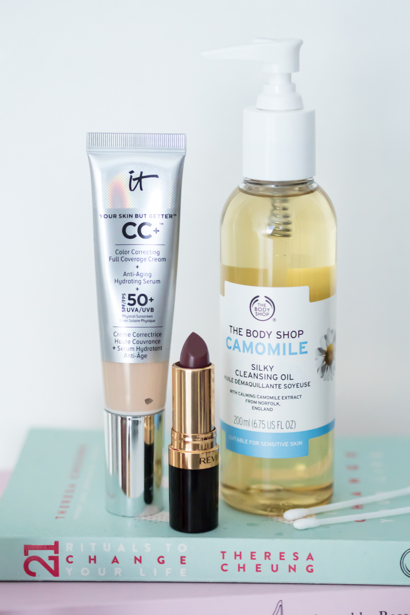 Five Beauty Favourites Glasgow Blogger | Colours and Carousels - Scottish Lifestyle, Beauty and Fashion blog