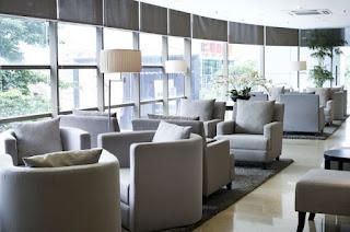 Foto Ruang Tunggu Erha Clinic Daftar Alamat dan Harga Paket Perawatan Terbaru
