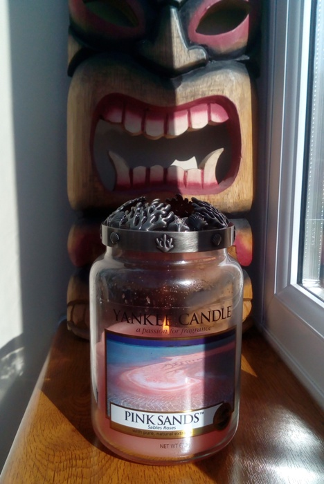 My yankee candle burn diary april 2017 andy 39 s yankees for Aroma indian cuisine napa