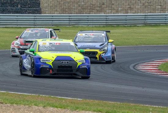 Thriller in Most: Antti Buri gewinnt im Audi zweites Rennen