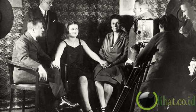 Eleanore Zugun (1925)