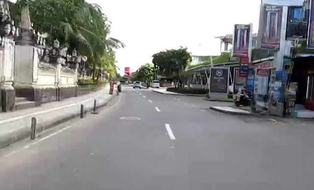 Jl-Pantai-Kuta-Bali