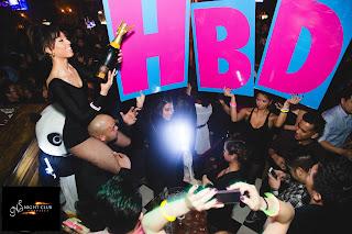 http://nightclubsuppliesusa.com/led-champagne-sparklers-nitesparx-mini-strobe-baton-electric-sparkler/