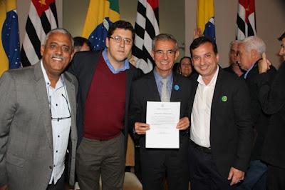 Juquiá assina convênio de R$ 200 mil para pavimentação