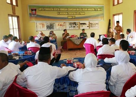 Aparatur Kelurahan di Padang Tingkatkan Disiplin dan Wawasan Kebangsaan