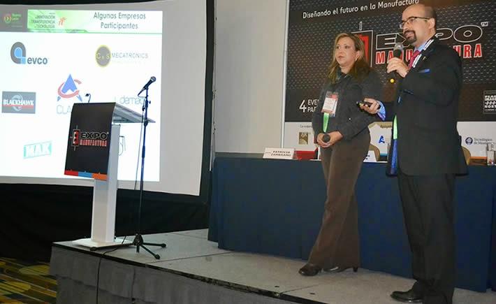 Patricia Zambrano, secretaria de proyectos y Centros de Investigación del Centro de Investigación e Innovación en Ingeniería Aeronáutica de la UANL y Héctor Siller, director de la Maestría en Ciencias con Especialidad en Sistemas de Manufactura del Tecnológico de Monterrey, dieron a conocer el proyecto de Innovación Abierta en ExpoManufactura 2015.