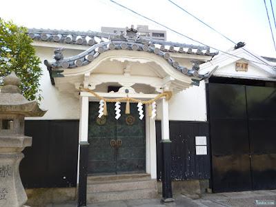 東成区の八阪神社