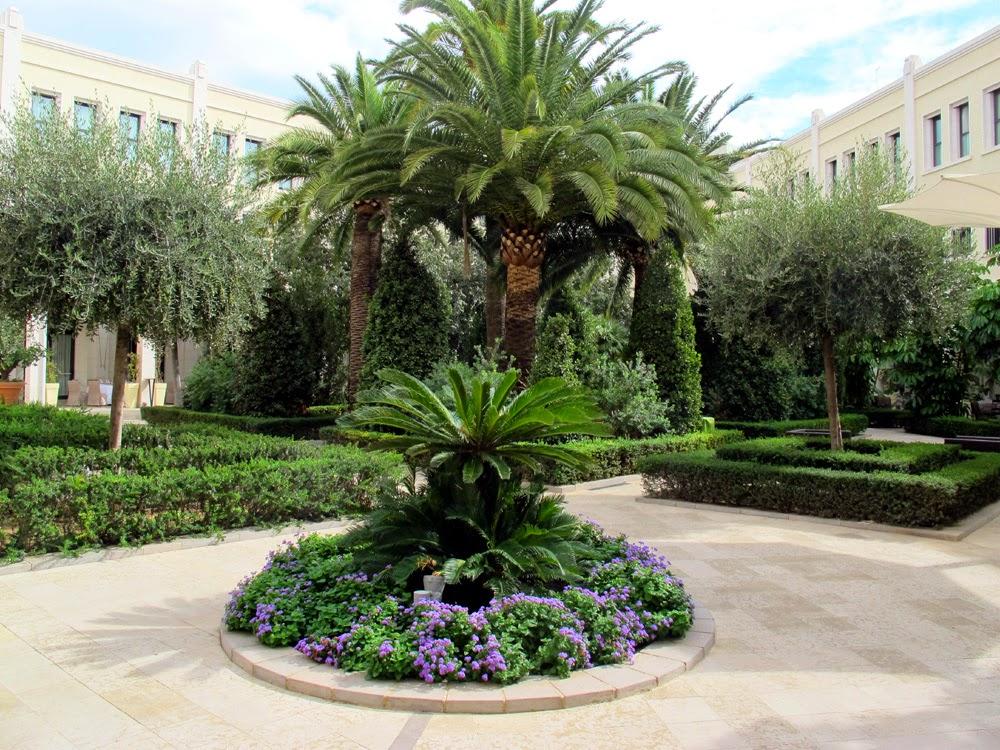The Westin Valencia hotel garden