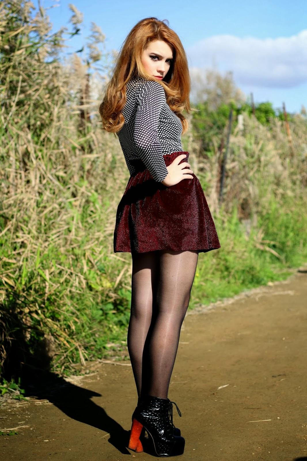 Pantyhose Legs Skirt 121