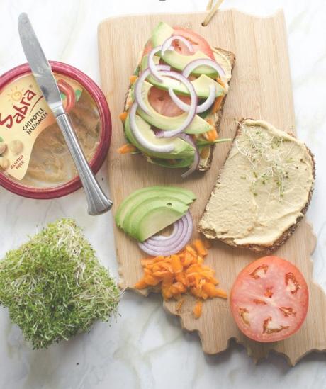 The Ultimate Hummus and Veggie Sandwich #vegetarian #sandwich