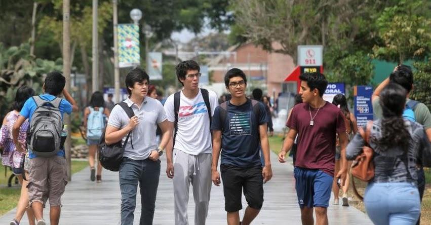 SIS afilió a más de 100 mil universitarios durante el 2019 - www.sis.gob.pe