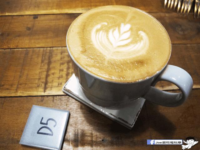 IMG 6253 - 【新竹美食】百分之二 咖啡 / 2/100 CAFE 一百種味道 二店,用餐環境可是寬廣,甜點也很精緻好吃!