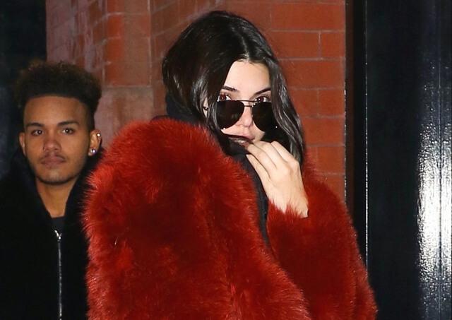 2017-02-16 「マーサーホテル/Mercer Hotel」に到着のケンダル・ジェンナー(Kendall Jenner)