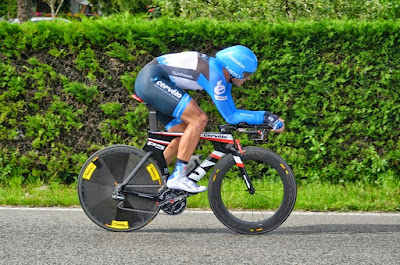 ironman italy emilia romagna carbon road bike rental tribike tri bike hire in Cervia