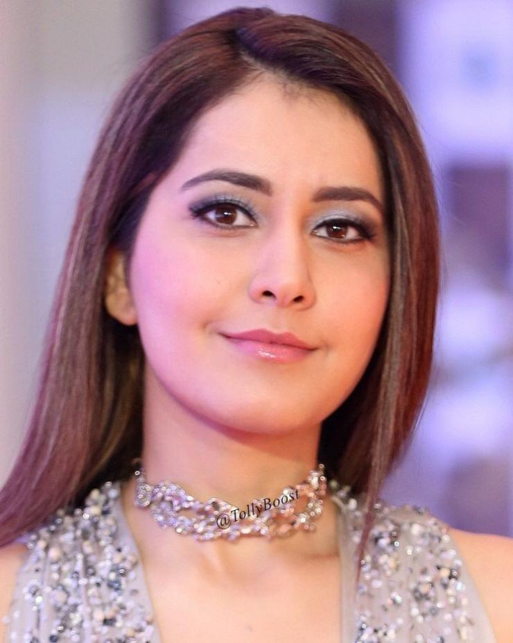 Gorgeous Telugu Girl Rashi Khanna Long Hair Chubby Cheeks Face Closeup Rashi Khanna