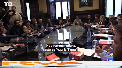 http://www.rtve.es/alacarta/videos/telediario/telediario-21-horas-04-10-17/4248403/