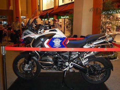 Lamborghini dan Moge BMW Jadi Armada Polisi di Kelapa Gading