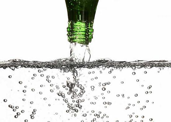 Agua com gas faz mal - Img 1