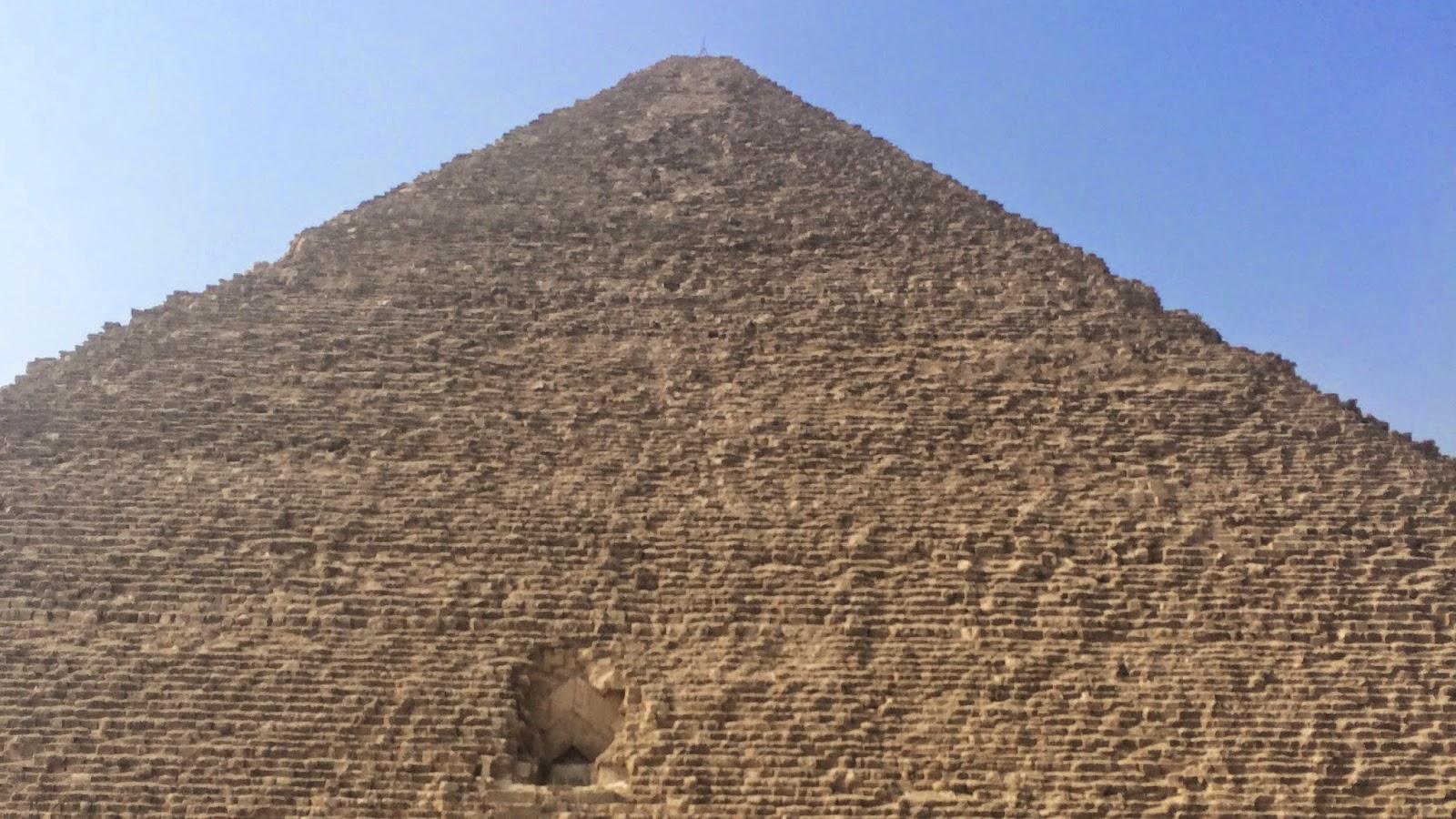 エジプトのピラミッドの絶景