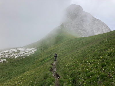 Walking toward Monte Ferrante.