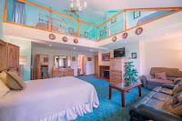 Honeymoon Suite, Anchorage bed and breakfast, Anchorage Lodging