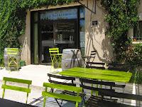 soirée grillade sous la pergola du 8uit café ludique à 10mn de Montpellier