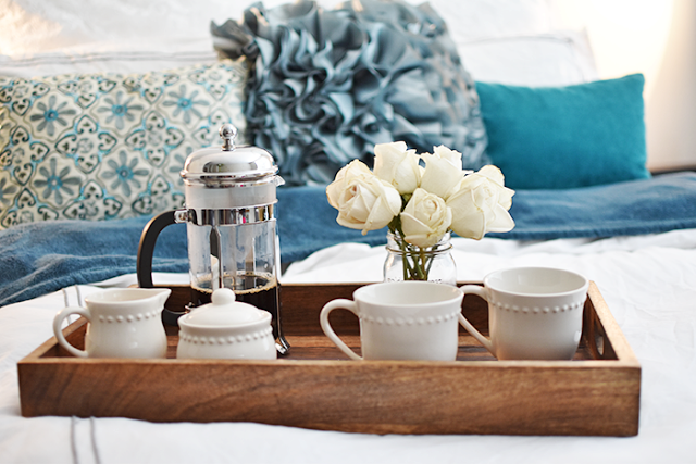 five ways to have a better morning tips and tricks bed bath and beyond bedding pier one imports throw pillows target shabby chic bedding collection wild fox sweater wary parker glasses