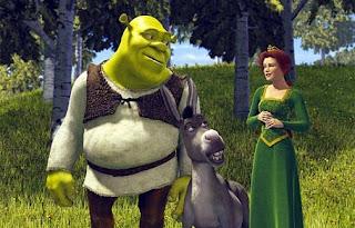 Shrek looking at Fiona romantically 2001 animatedfilmreviews.filminspector.com