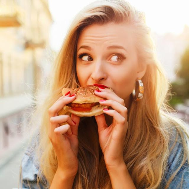 Prometido, lograrás un abdomen plano sin dieta ni deporte si sigues estos tips